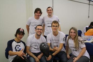 Alunos de Ciência da Computação e Sistemas de Informação apoiando o evento
