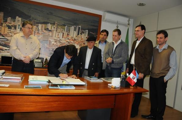 Encontro com Prefeito de Marília oficializa ação para vinda do Parque Tecnológico de Marília